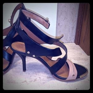 Rachel Roy Vero Cuoio Strappy pumps. Size 7.5